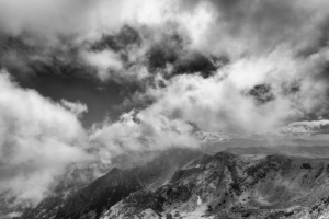 misty-mountain-bw_web